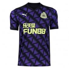 Newcastle United Alternatif Forma 20/21